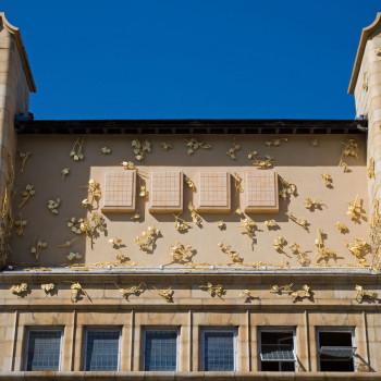 Peter Jeffree - Architectural Photographer - Whitechapel Art Gallery - Rachel Whiteread leaf sculpture
